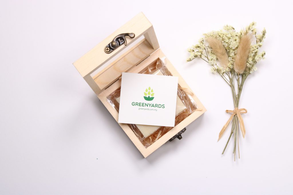 Customized Soap Gift - Green Yards